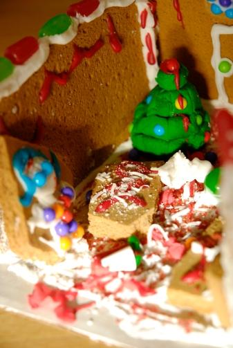unique gingerbread house