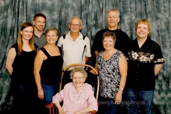 Print-Sense Photography family reunion photos