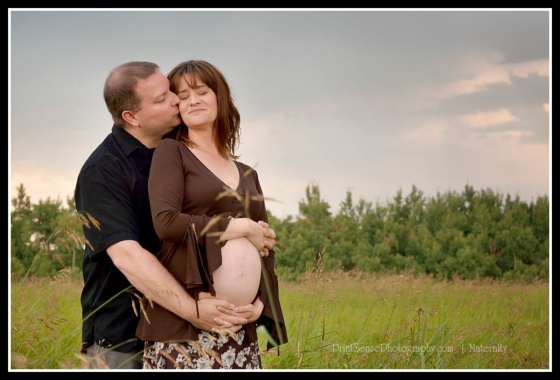 Okotoks Family Photographer, newborn, maternity and family photography.  High River Family Photographer, Black Diamond Family Photographer